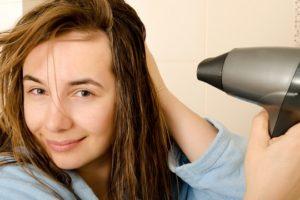 髪の艶が違う!ドライヤーの使い方で艶を出す方法
