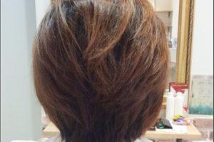 猫っ毛のショートヘアはカラーは立体感がでるウイービングで