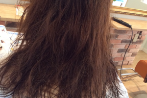 セルフカラーでダメージ毛にこだわりの縮毛矯正