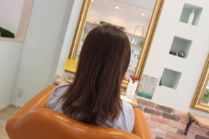 カラーリングをしていても綺麗な縮毛矯正がかけれる秘訣