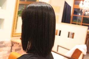 細~い髪でもペタンとさせない縮毛矯正