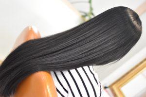 黒髪細毛のスーパーロングに縮毛矯正と髪の体力残しの和漢彩染